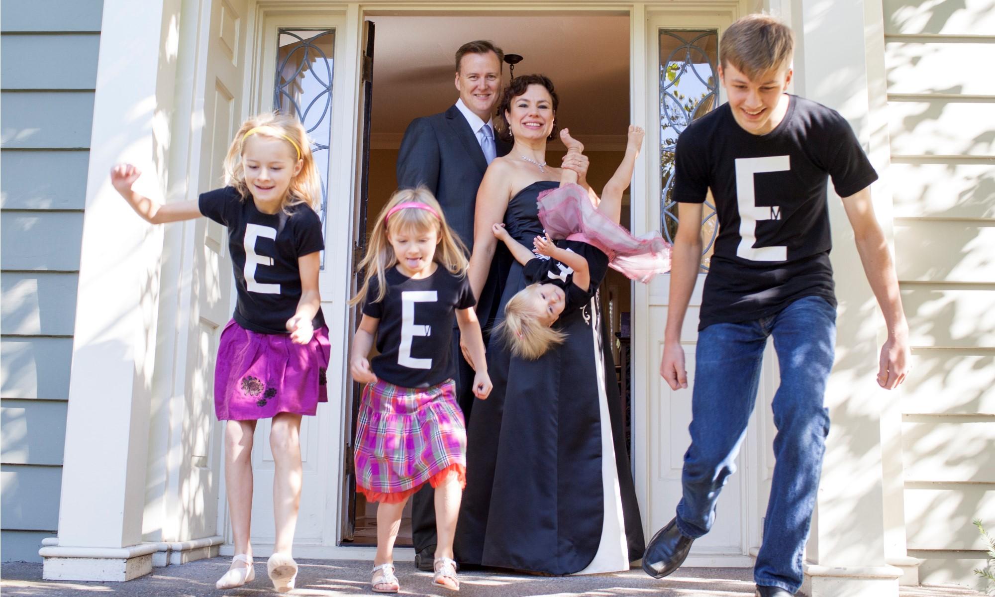 GLEEEE Family